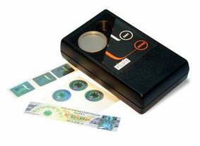 Портативный прибор для визуального контроля подлинности голографических этикеток Ультрамаг-А27Г