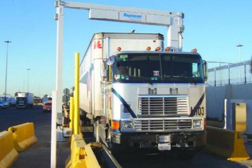Система досмотра грузовиков и грузовых контейнеров Rapiscan GaRDS™ Portal