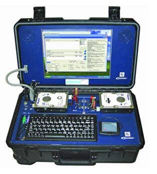 Мобильная криминалистическая лаборатория RoadMASSter-3 для анализа жёстких дисков