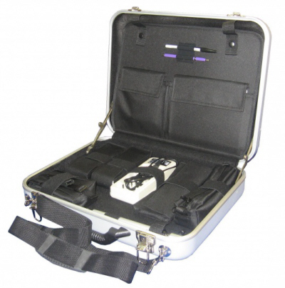 Криминалистический чемодан для выявления и изъятия пылевых следов