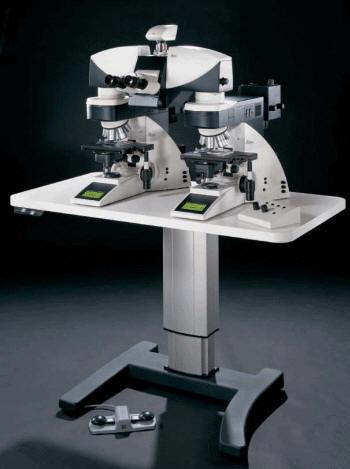 Сравнительная микроскопная система Leica FS4000
