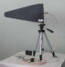 Антенна измерительная активная логопериодическая ЛПА-3